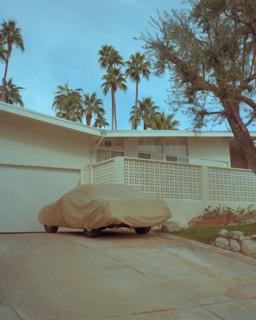ANALOGUE POSTCARDS FROM LOS ANGELES