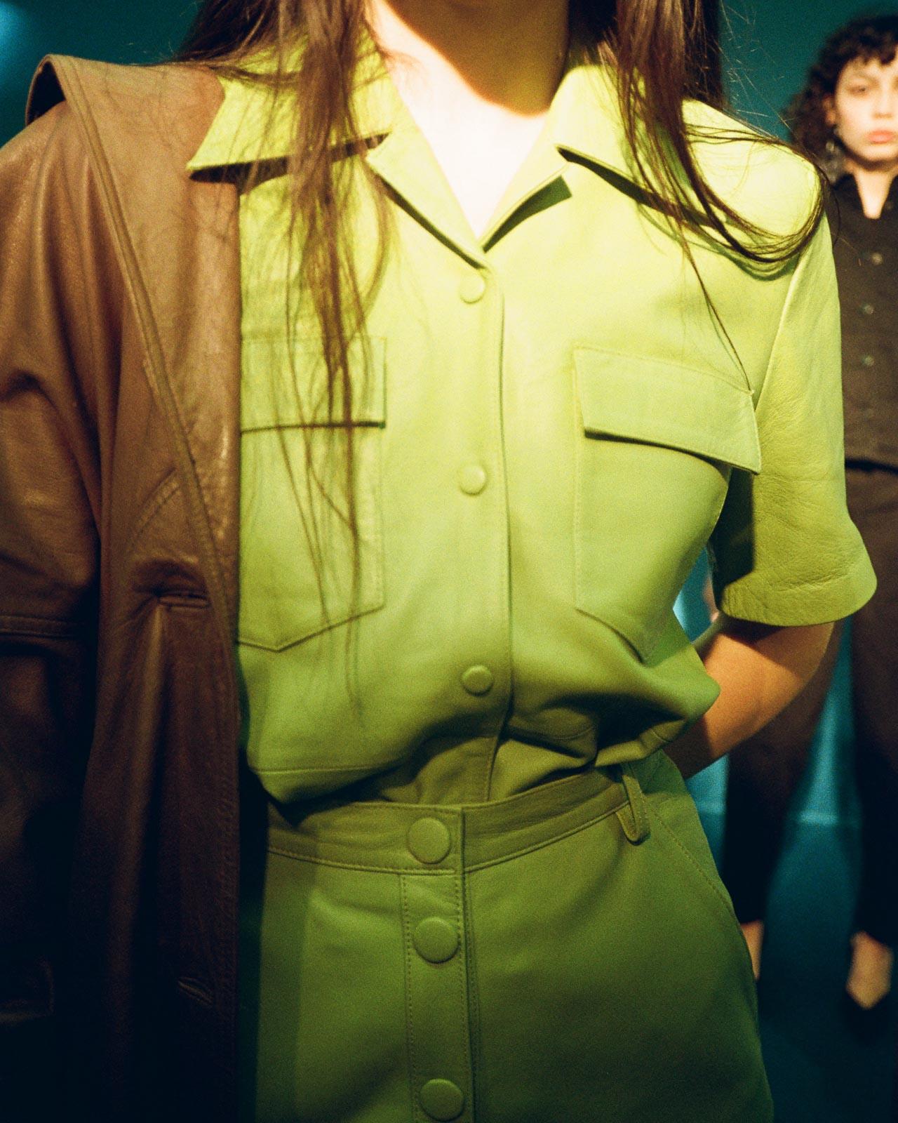 Copenhagen Fashion Week Remain Birger Christensen Präsentation AW2020 green leather suit