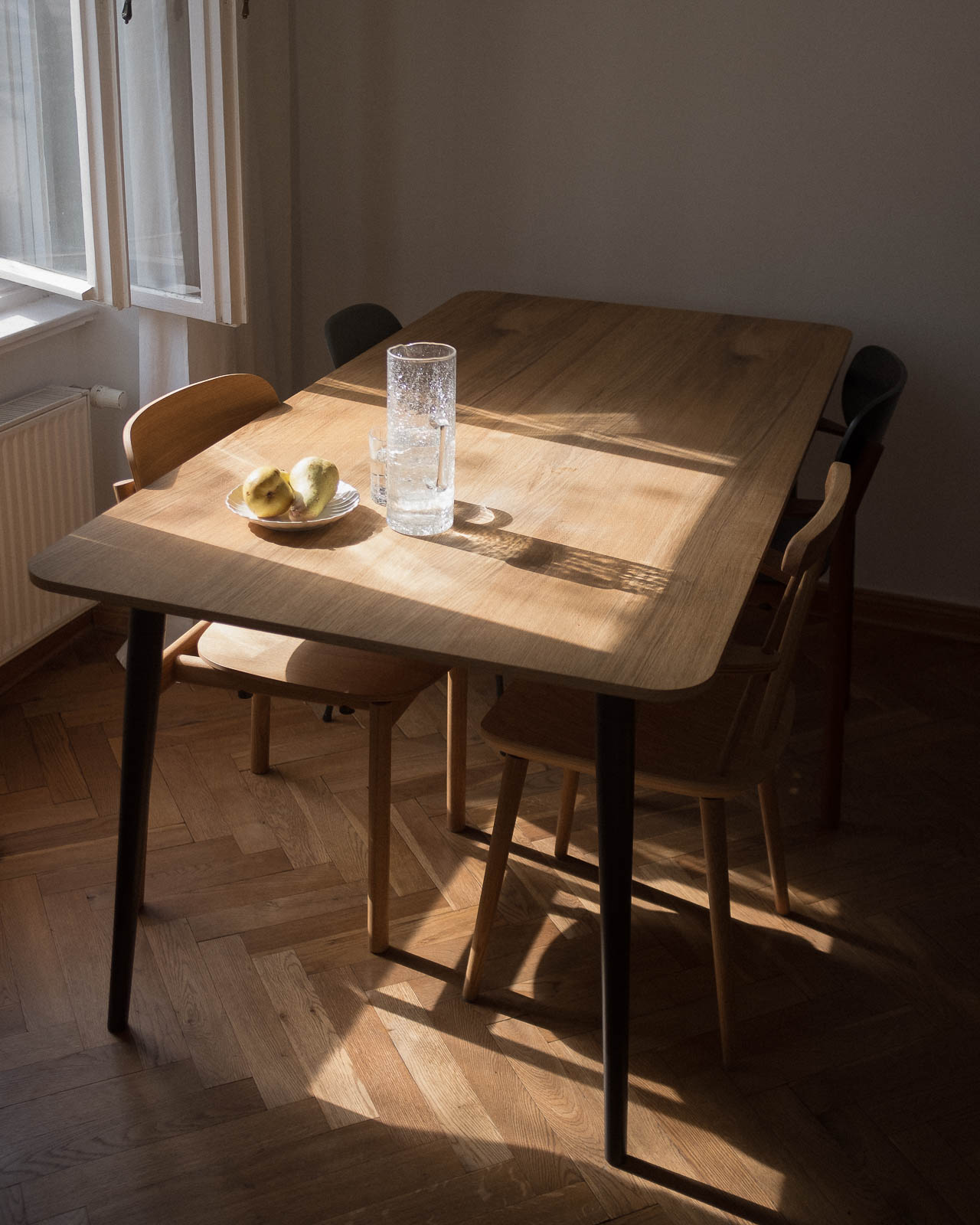 interior by stormwes with mycs chairs pryme, styng and chayr with nordyc table